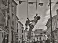 009 - En el aire. FOTO: Circo La raspa.